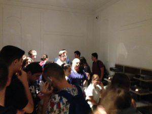 foto e nxenesve te shkolles sami frasheri gjate vizites ne muze